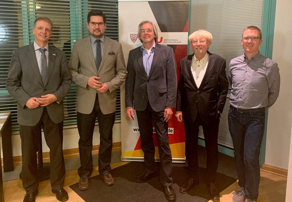 Bürgermeister Werner Eickler mit dem neuen Stadtverbandsvorsitzenden Sven Lucas Deimel, den Stellvertretern Joachim Reuter und Johannes Hellwig und Schriftführer Christian Schmidt